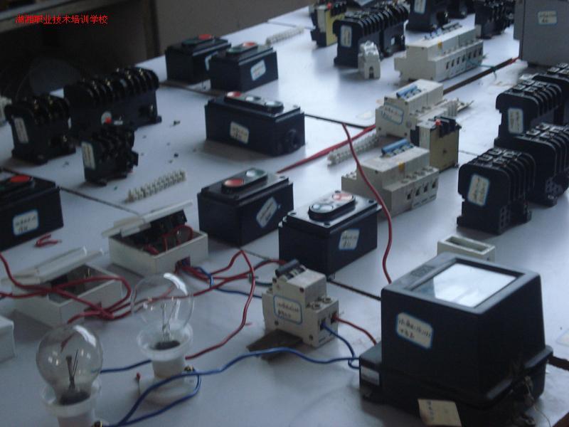 电工实习器材